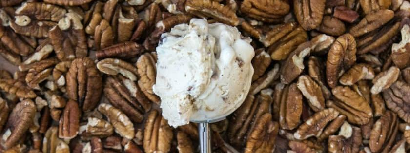 Smitten-Ice-Cream-Pecan-Pie-Overhead-copy-840x840.jpg
