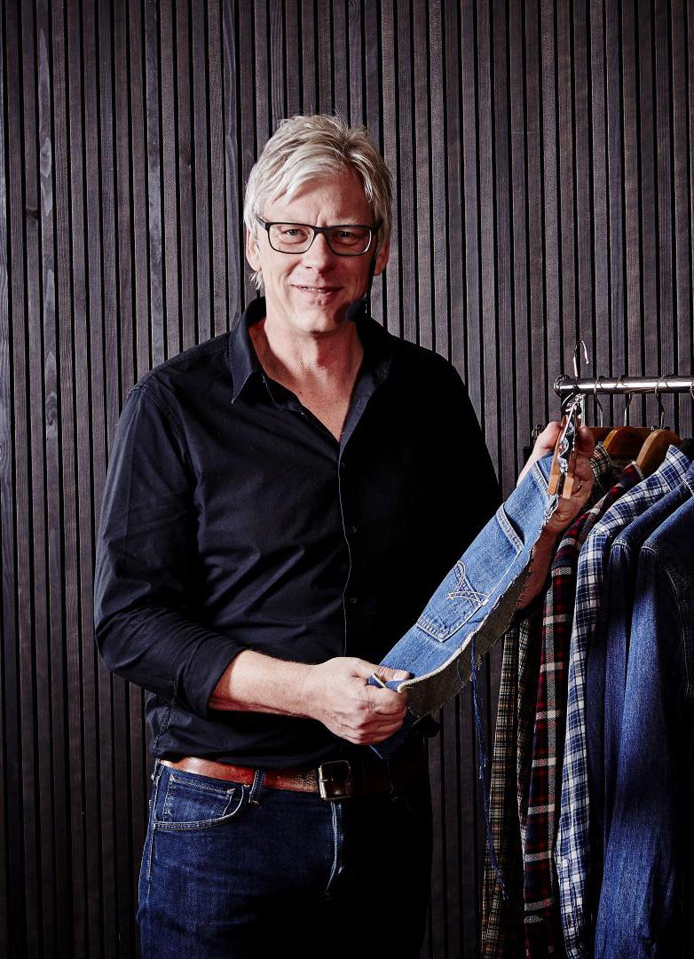 Kursledare:    Anders Kärrman