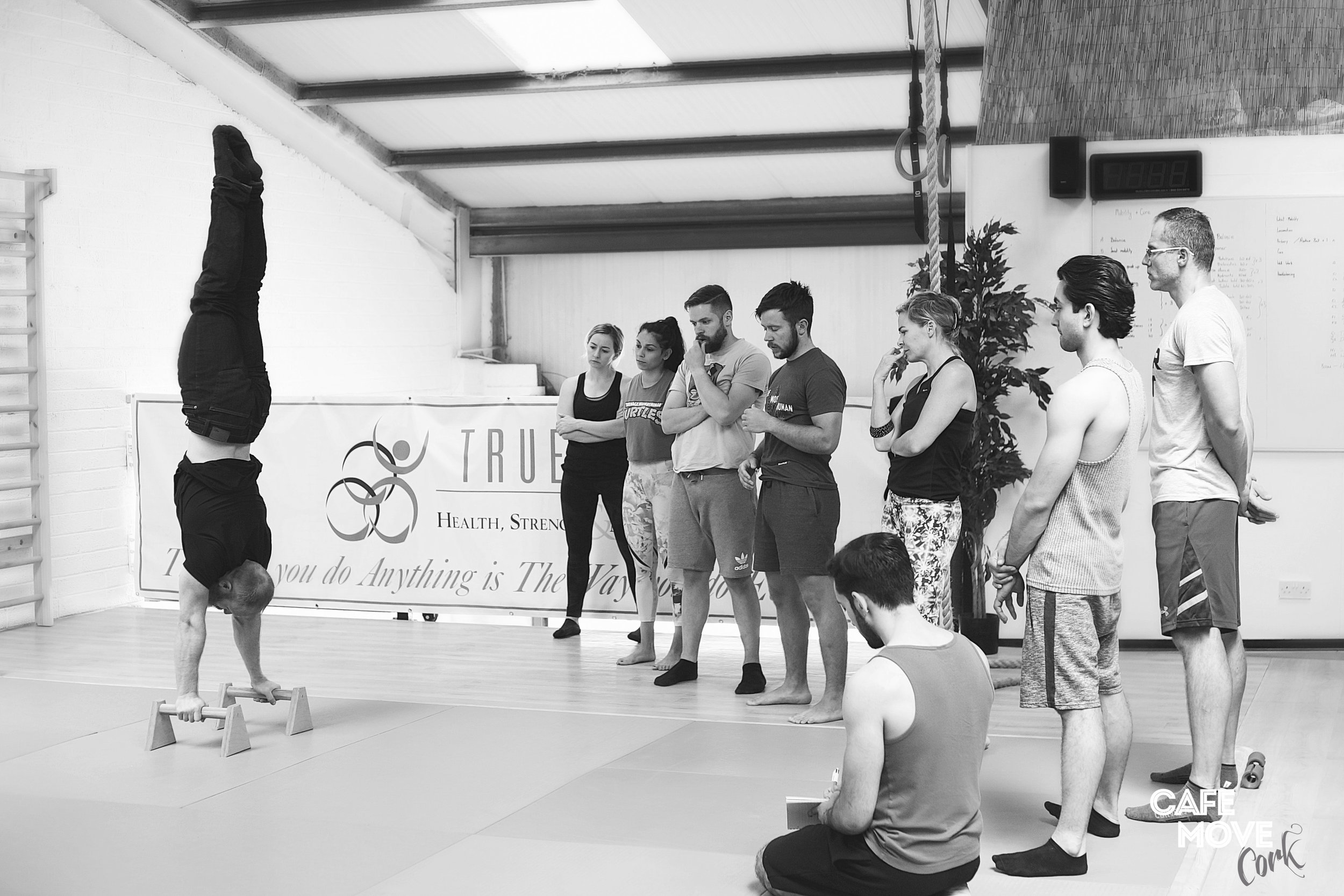 Handstands & Acrobatics Workshop with Yuri Marmerstein
