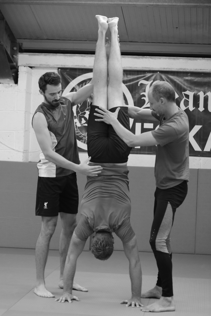 Cafe Move Handstands (1 of 1)-6.JPG