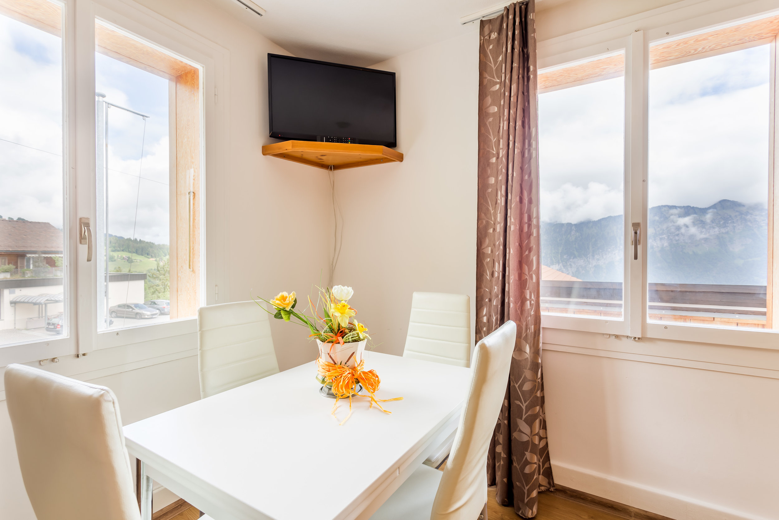 6 - Standard Apartment<a href=/6-standard-apartment>↑</a><strong>Double Bed, Linen and Towels Provided</strong>