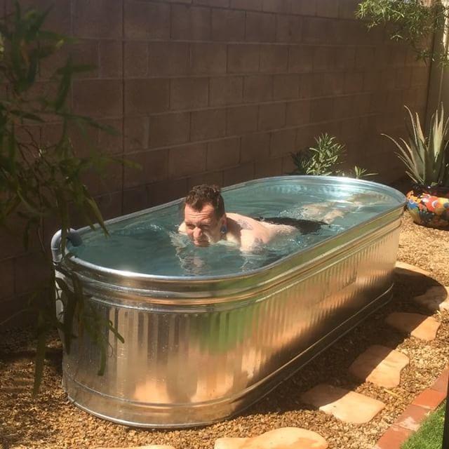 3' x 8' Oval Stock tank pool