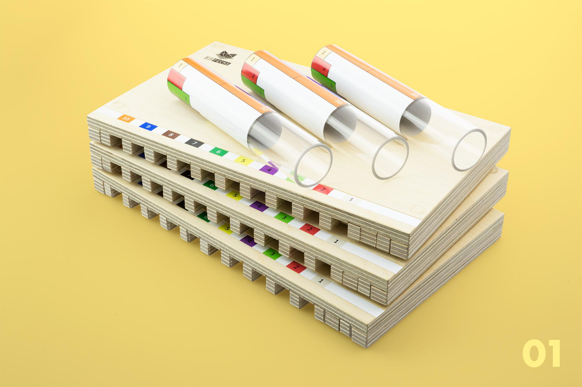 Caramba-Brett Schule - Das Caramba-Brett Schule ist einerseits Minusbox, andererseits Caramba-Spiel. Somit ermöglicht es dem Kind den Aufbau des Verständnisses für die Minus-Operation und lässt sich als vielseitiges Spielmaterial einsetzen.CHF 66.– mit Anleitung