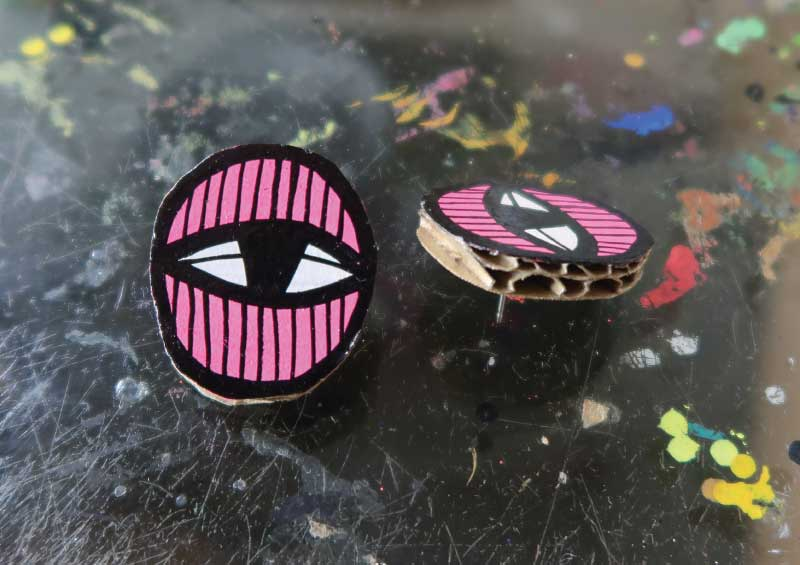 20171851 Eye Studs - Pink