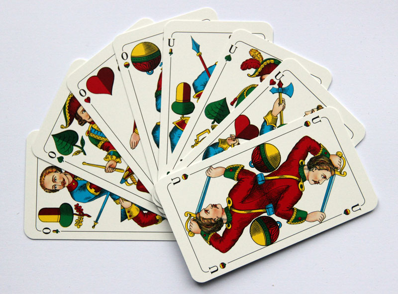 Schafkopf_-_top_trumps_-_Franconian-pattern_cards.jpg