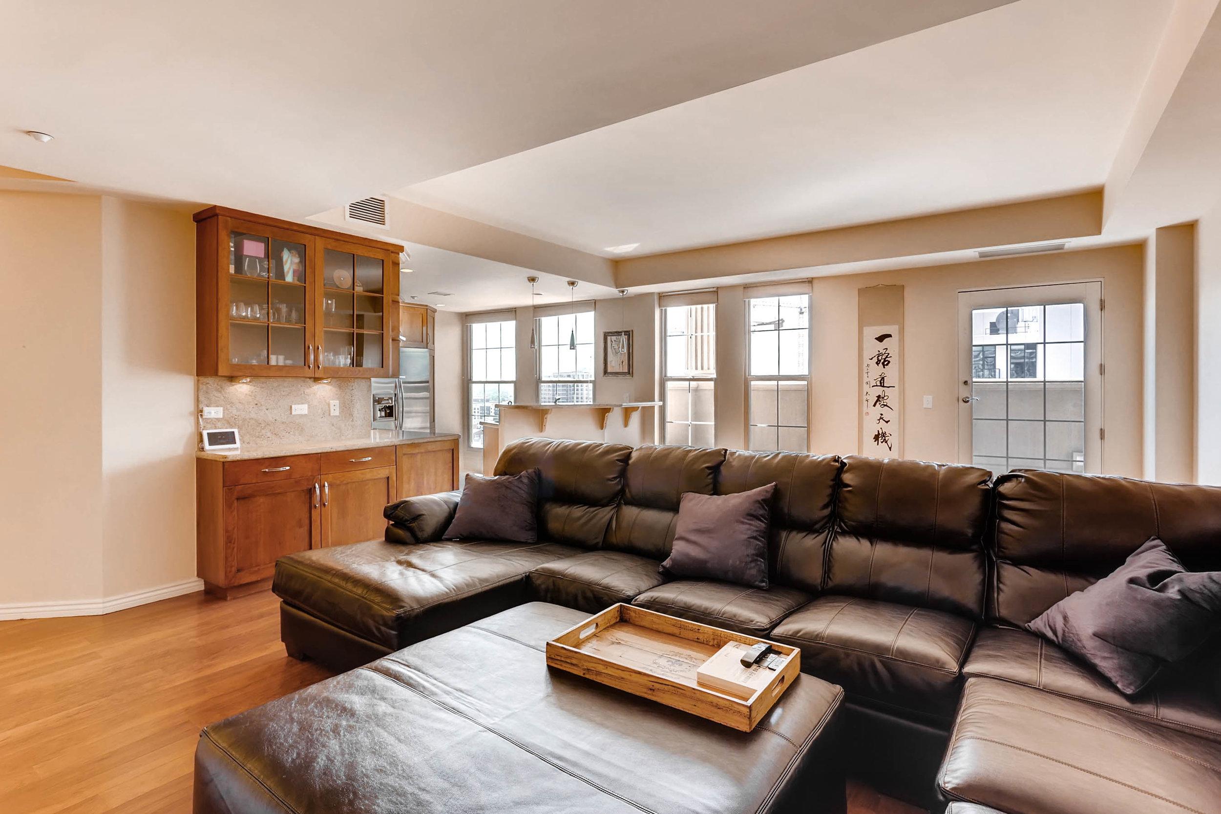 300 W 11th Avenue 18B Denver-print-006-6-Living Room-2700x1799-300dpi.jpg