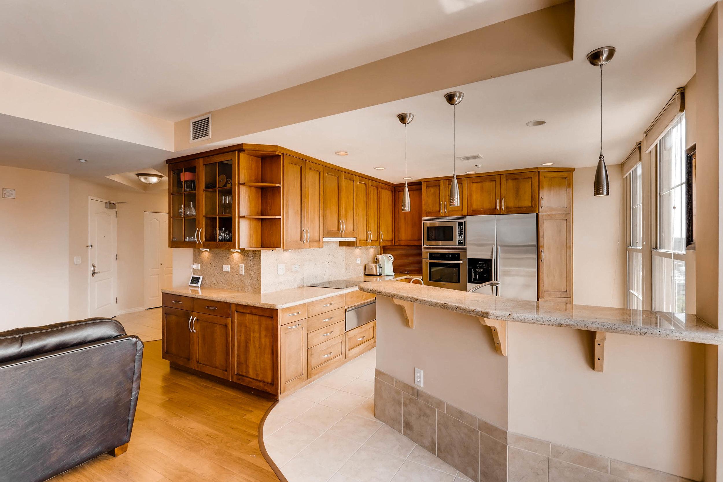 300 W 11th Avenue 18B Denver-print-007-19-Kitchen-2700x1800-300dpi.jpg