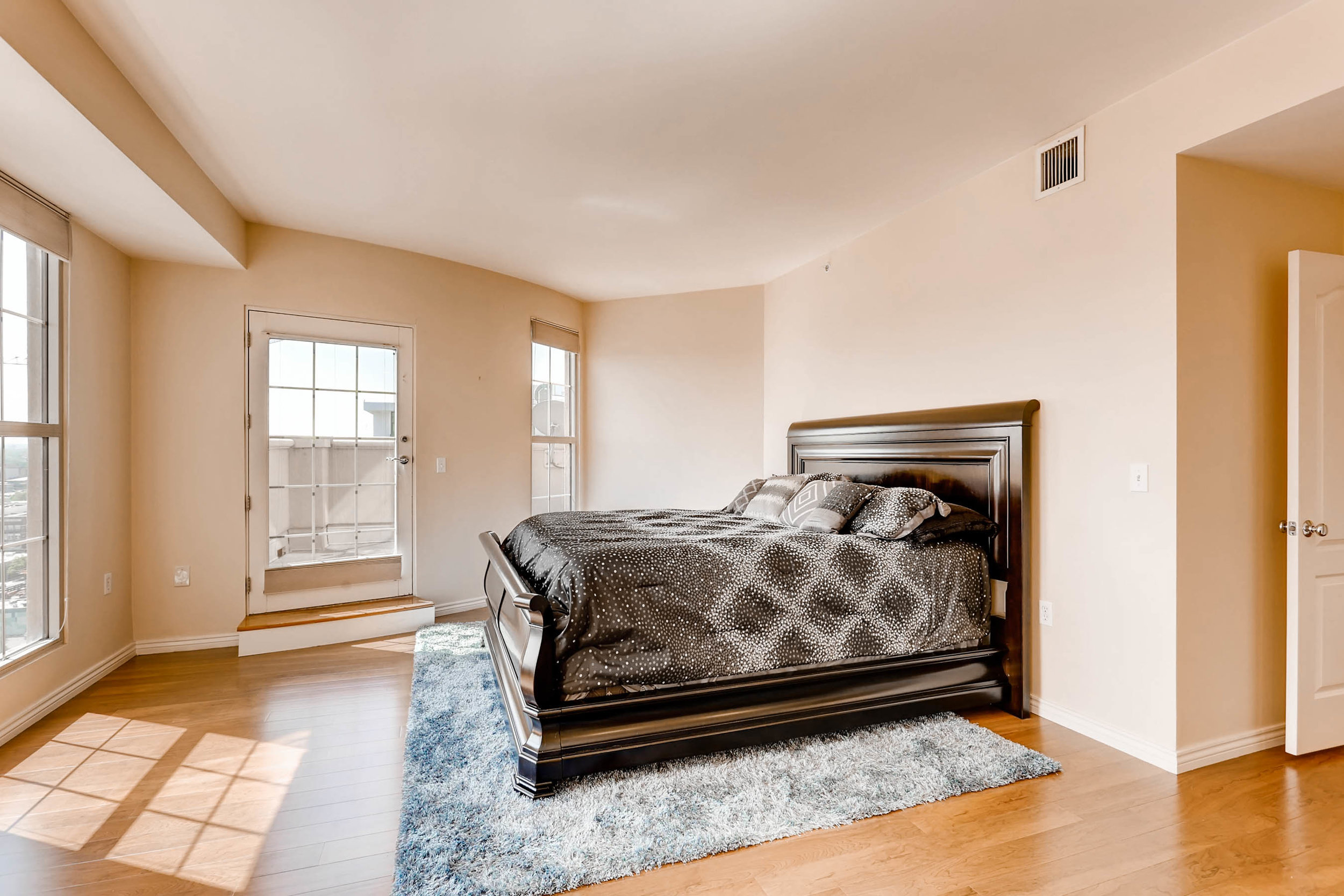 300 W 11th Avenue 18B Denver-print-014-11-Master Bedroom-2700x1800-300dpi.jpg