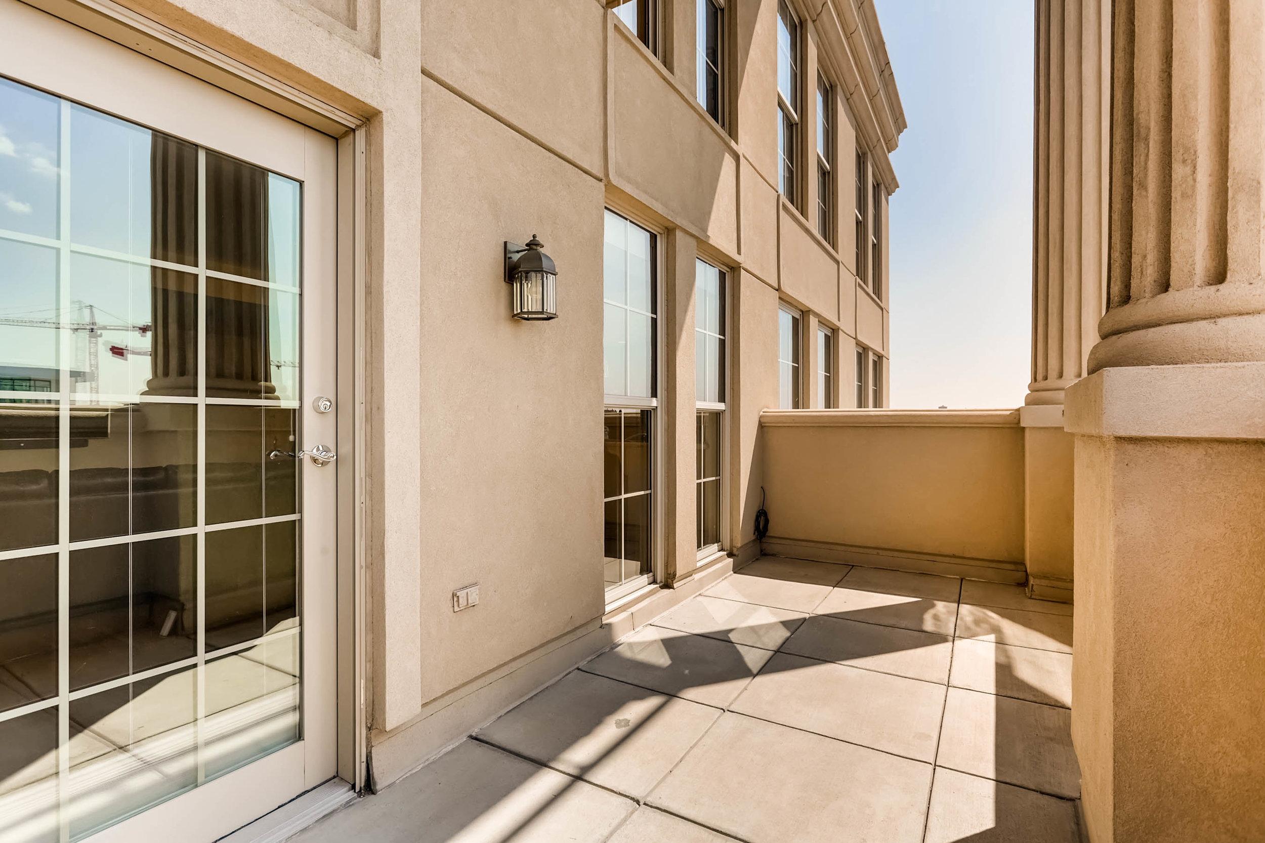 300 W 11th Avenue 18B Denver-print-025-26-Balcony-2700x1799-300dpi.jpg