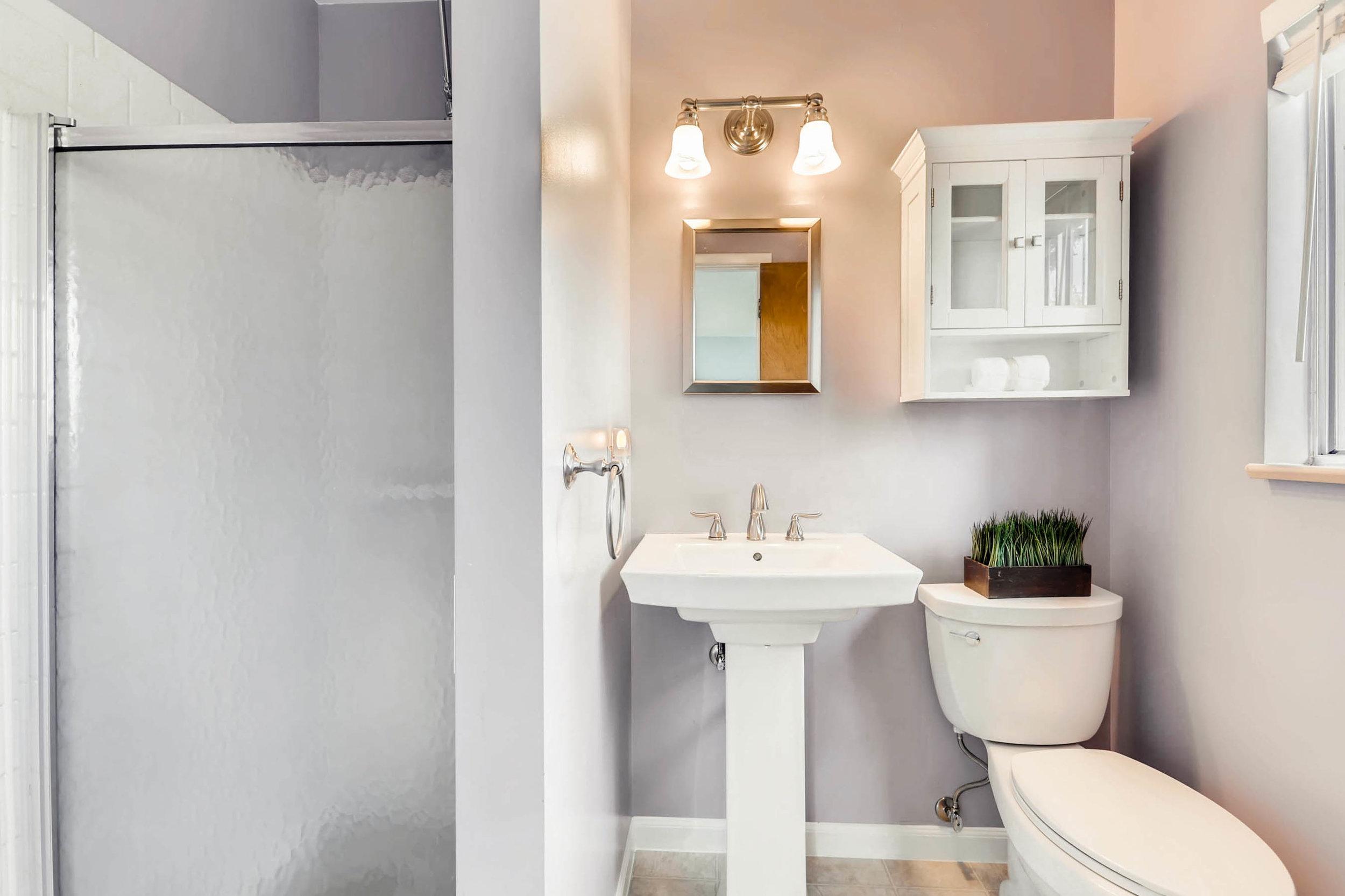 1655 S Monaco Parkway Denver-print-015-15-2nd Floor Master Bathroom-2700x1798-300dpi.jpg