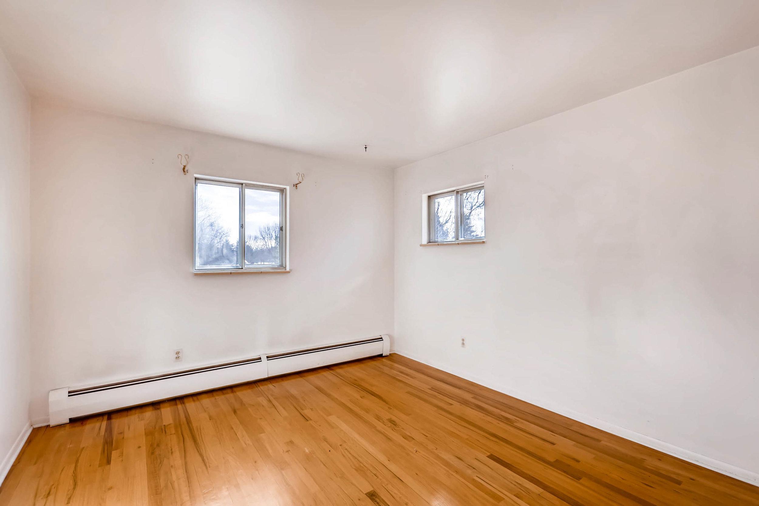 1655 S Monaco Parkway Denver-print-016-24-2nd Floor Bedroom-2700x1800-300dpi.jpg