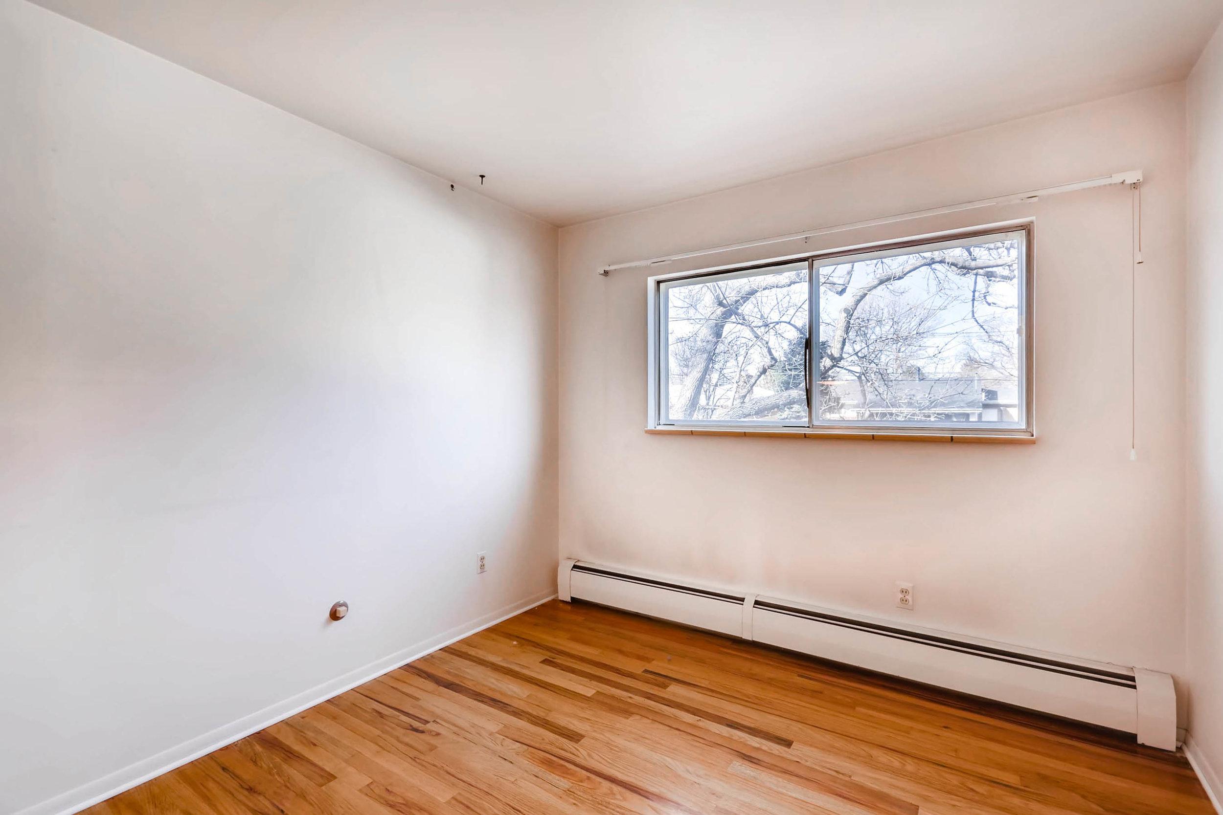1655 S Monaco Parkway Denver-print-018-19-2nd Floor Bedroom-2700x1800-300dpi.jpg
