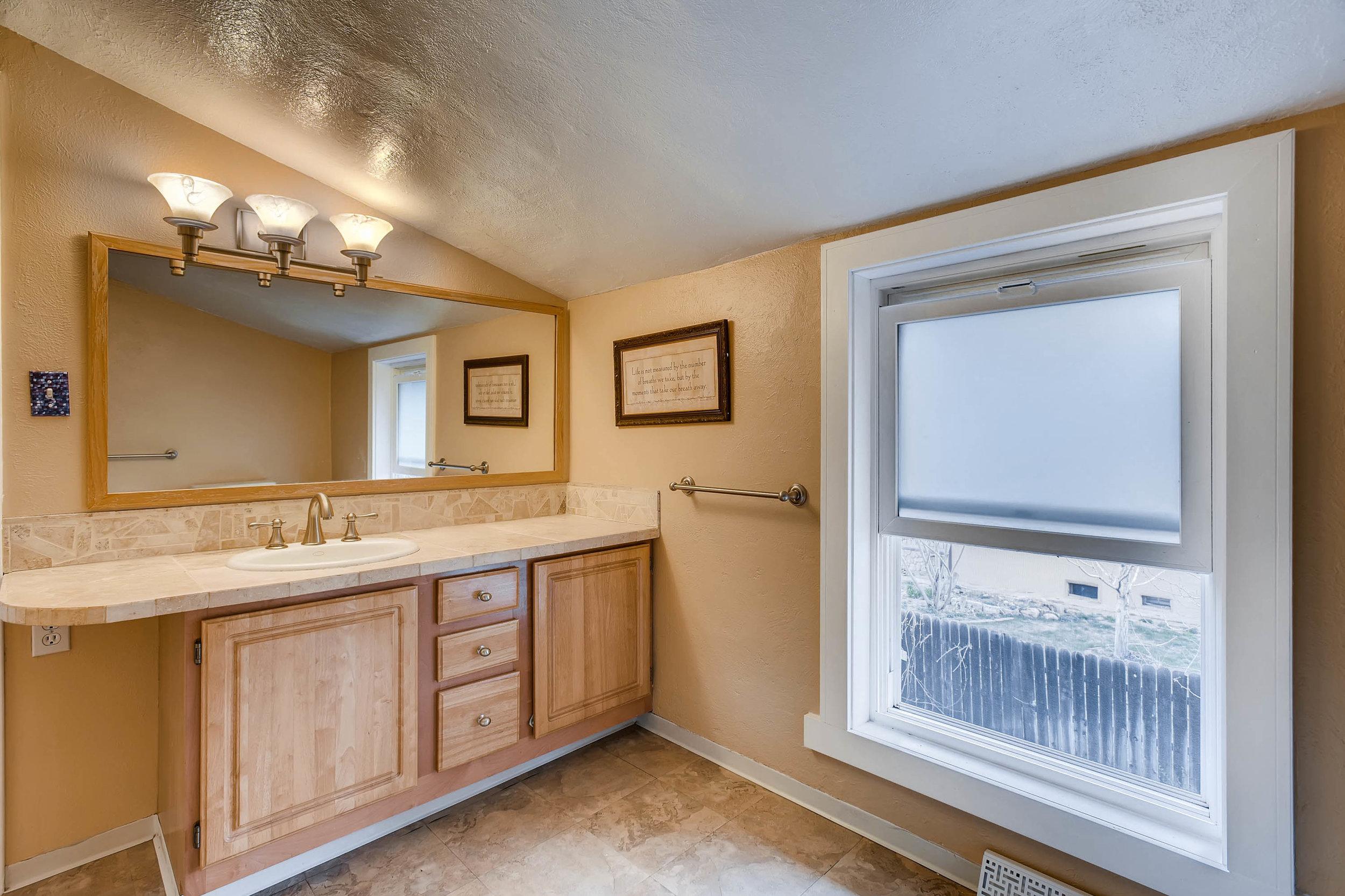 4210 Quivas St Denver CO 80211-print-015-18-2nd Floor Bathroom-3000x2000-300dpi.jpg