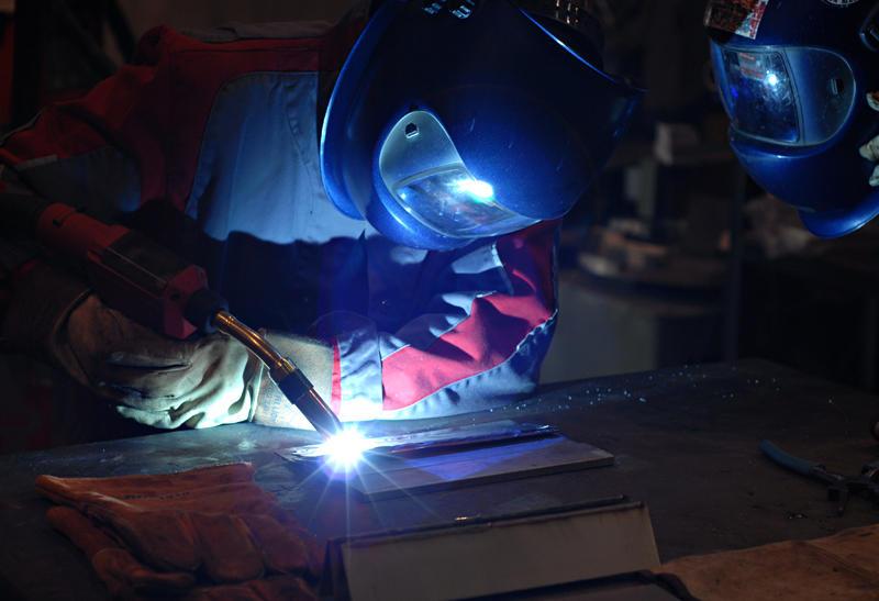 How-to-MIG-Weld-Steel.jpg