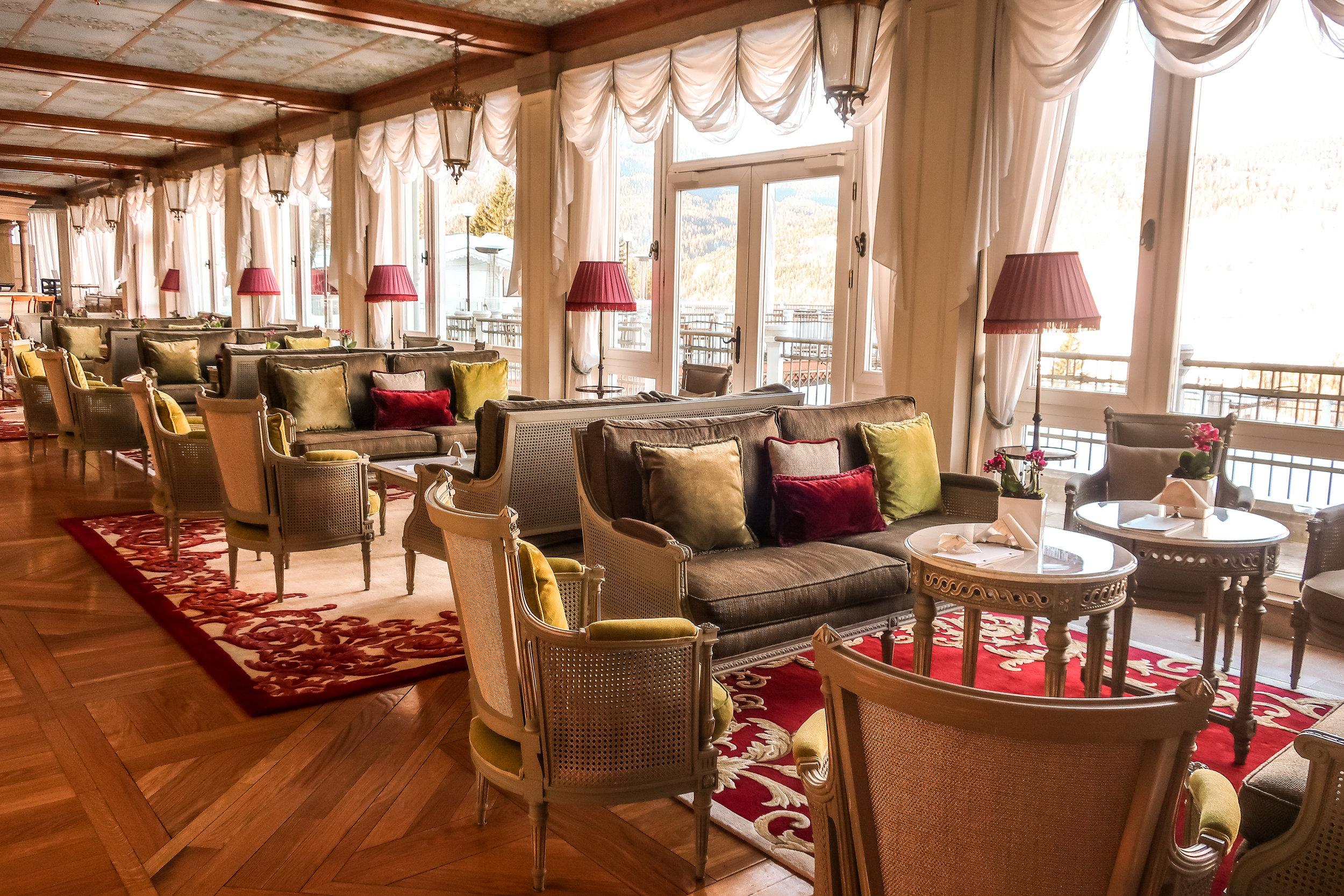 Cristallo Lounge Bar