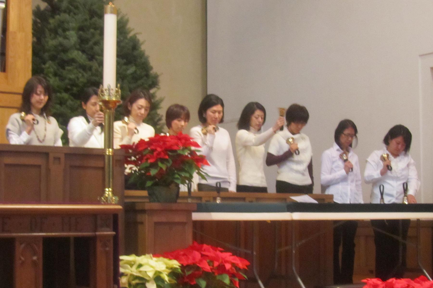 2019 5282 - LIA Christmas service - student bell ringers - 12-18-2014.jpg