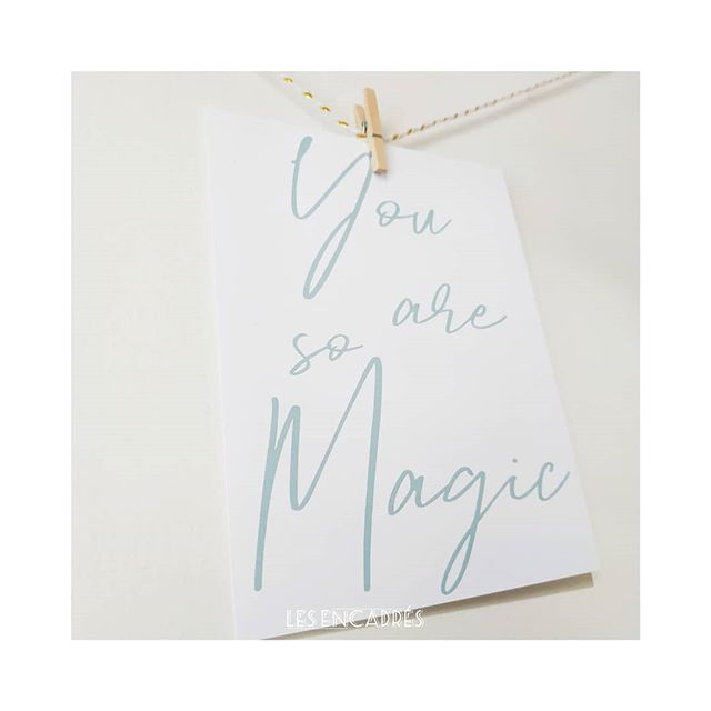 ✨ You are so magic ✨ . Be cool be different ✌🏻 Nous sommes tous MAGIC 💛 #journeemondialedelatrisomie21 N'ayez pas peur d'être différent #trisomie21 . 💌 Les jolis mots tout doux - Shakespeare in love : A retrouver sur notre shop (lien dans la bio) . ______ @les__encadres #les_encadres #lesencadres  #nayezpaspeur #chaussettedepareillée #lesjolismots #lesjolismoments #lesjolismotstoutdoux #carterie #paper #papeterie #illustration #motsdoux #passion #youaresomagic #magic #bedifferent #moncoeurfaitboum #deco #cartepostale #carte #frenchillustrator #frenchillustration #graphisme
