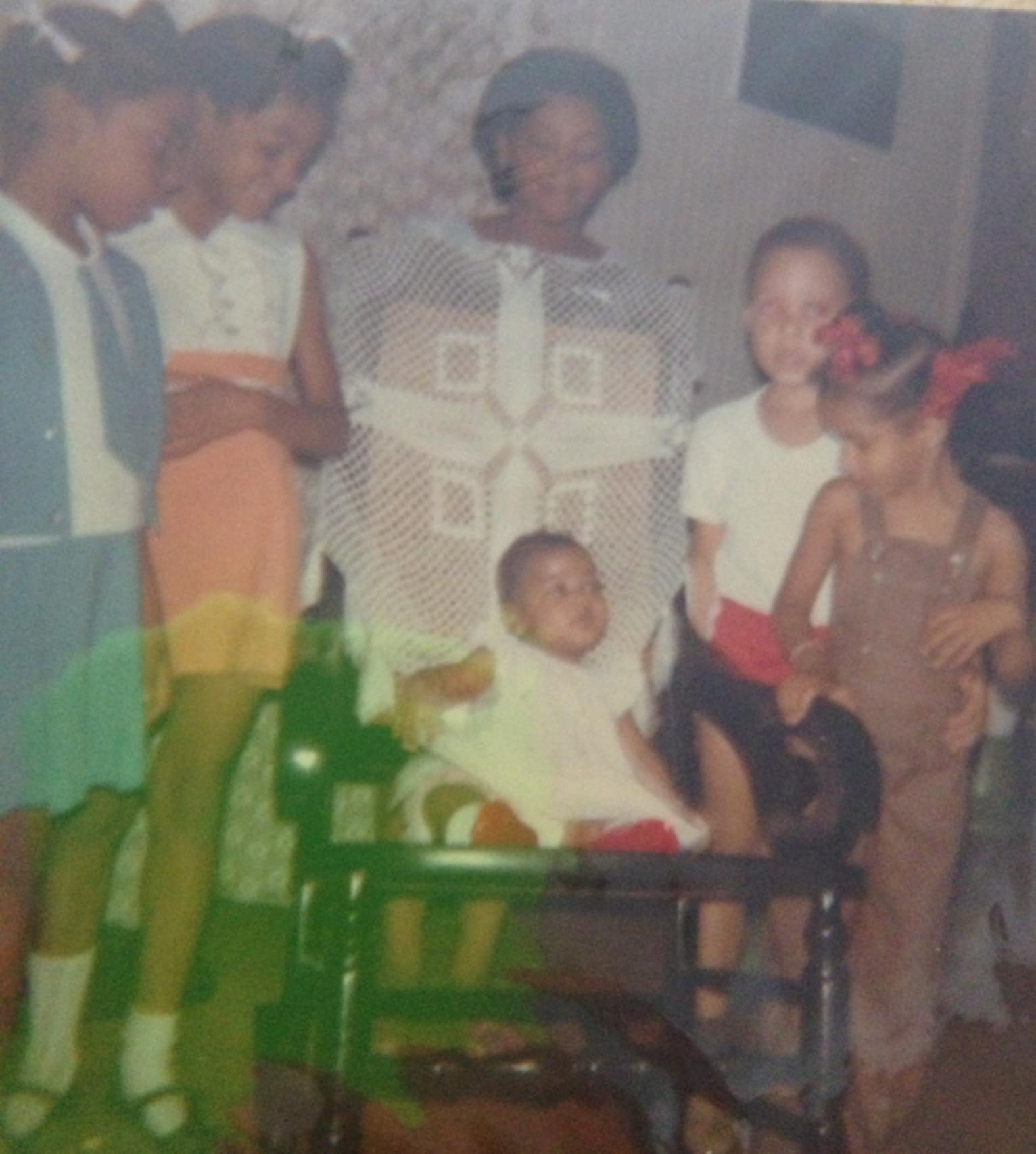 Alberto's girl gang. Iris is in the blue dress, then Rachel her sister, my older sister Yvonne, cousin Liselot and little sister Jiselle.