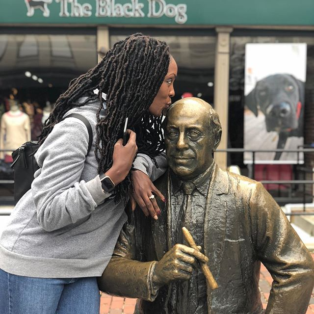 @spindiva01 getting close to Red Auerbach #bostonceltics