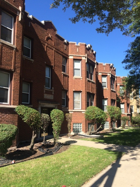 7552 South Lafayette, Chicago | 10 Units