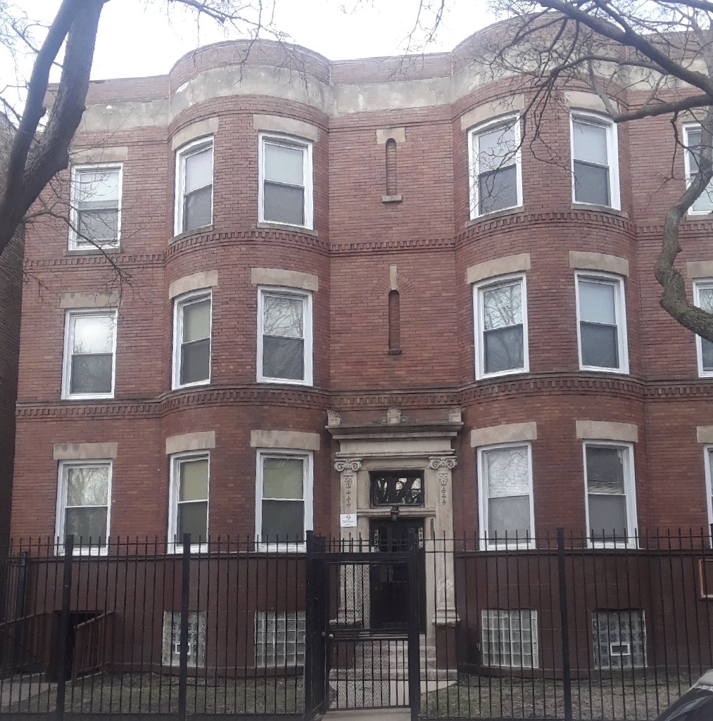6842 South Perry, Chicago | 6 Units