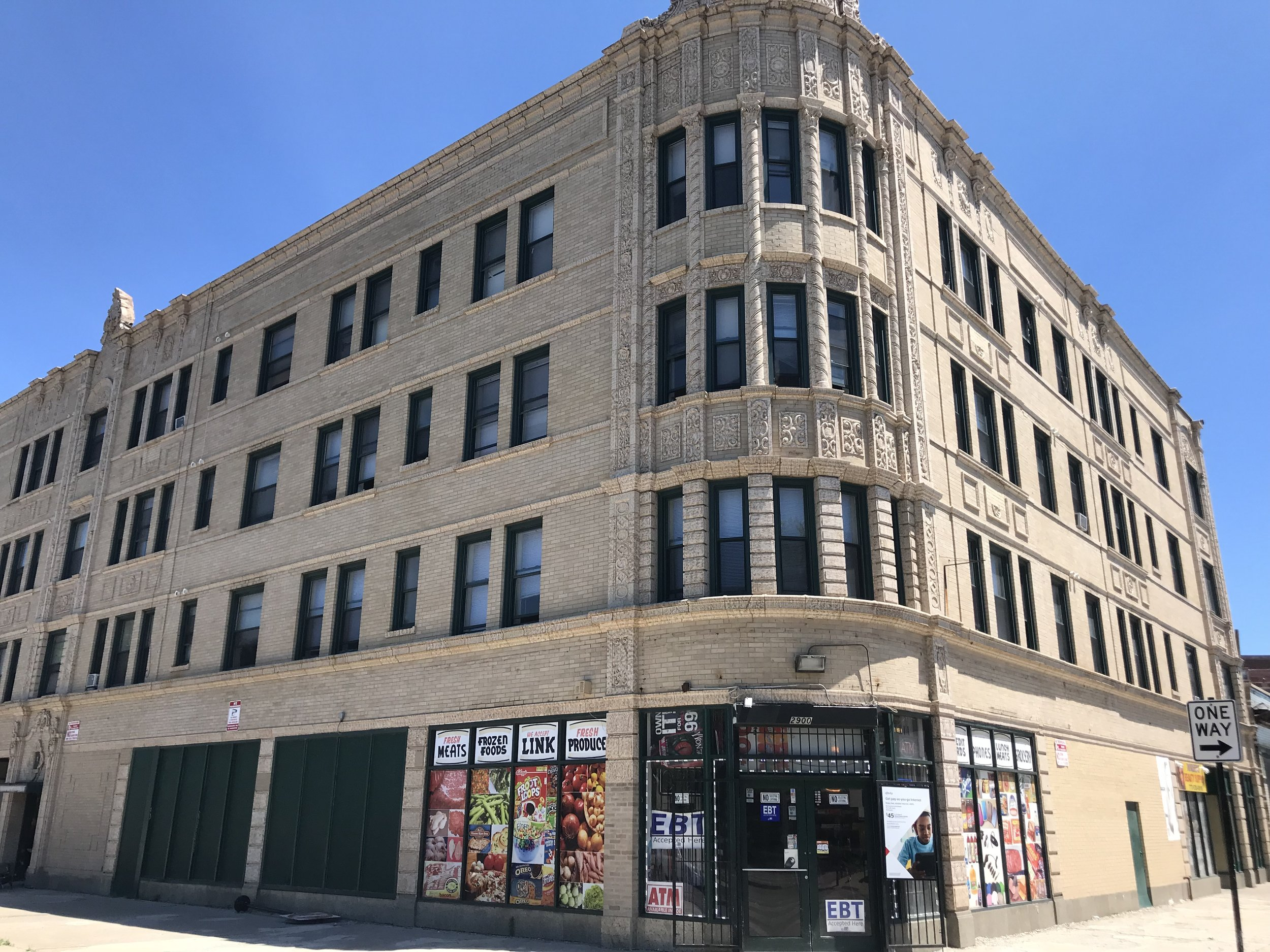 7849 South Escanaba, Chicago | 30 Units