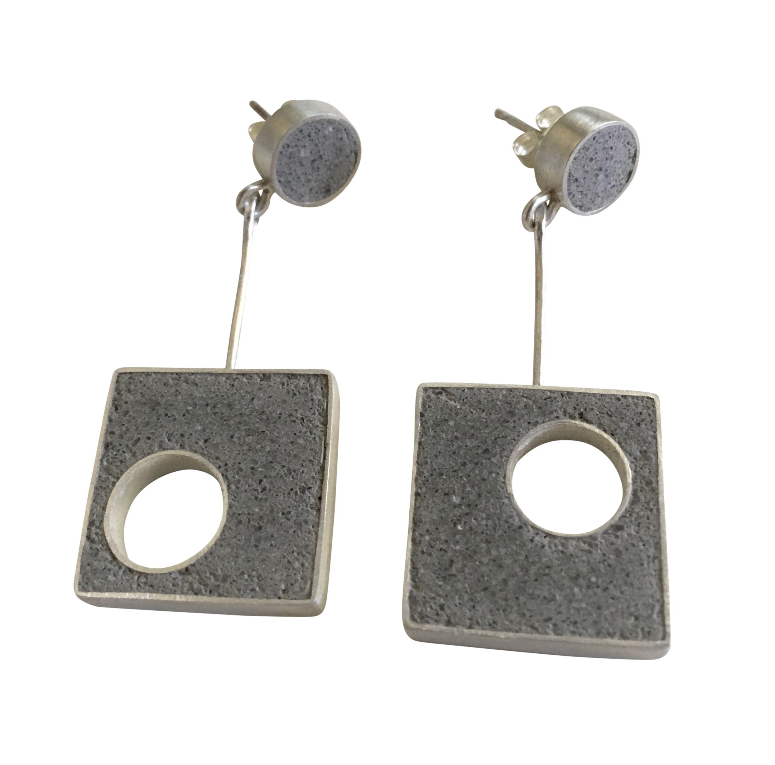 2 Piece Panton Earrings