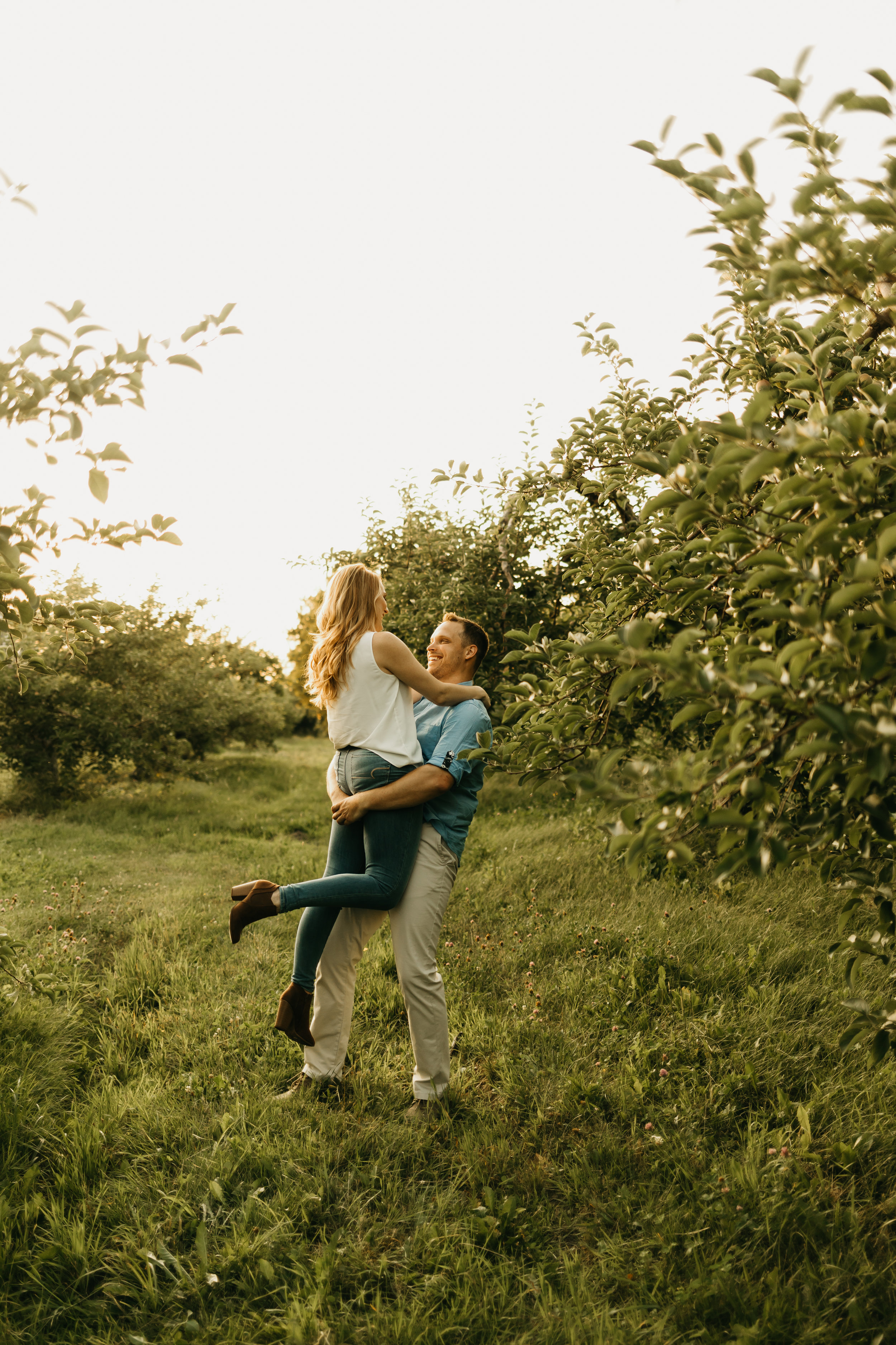 Engagement-shoot-Mont-saint-hilaire-québec-2404.jpg