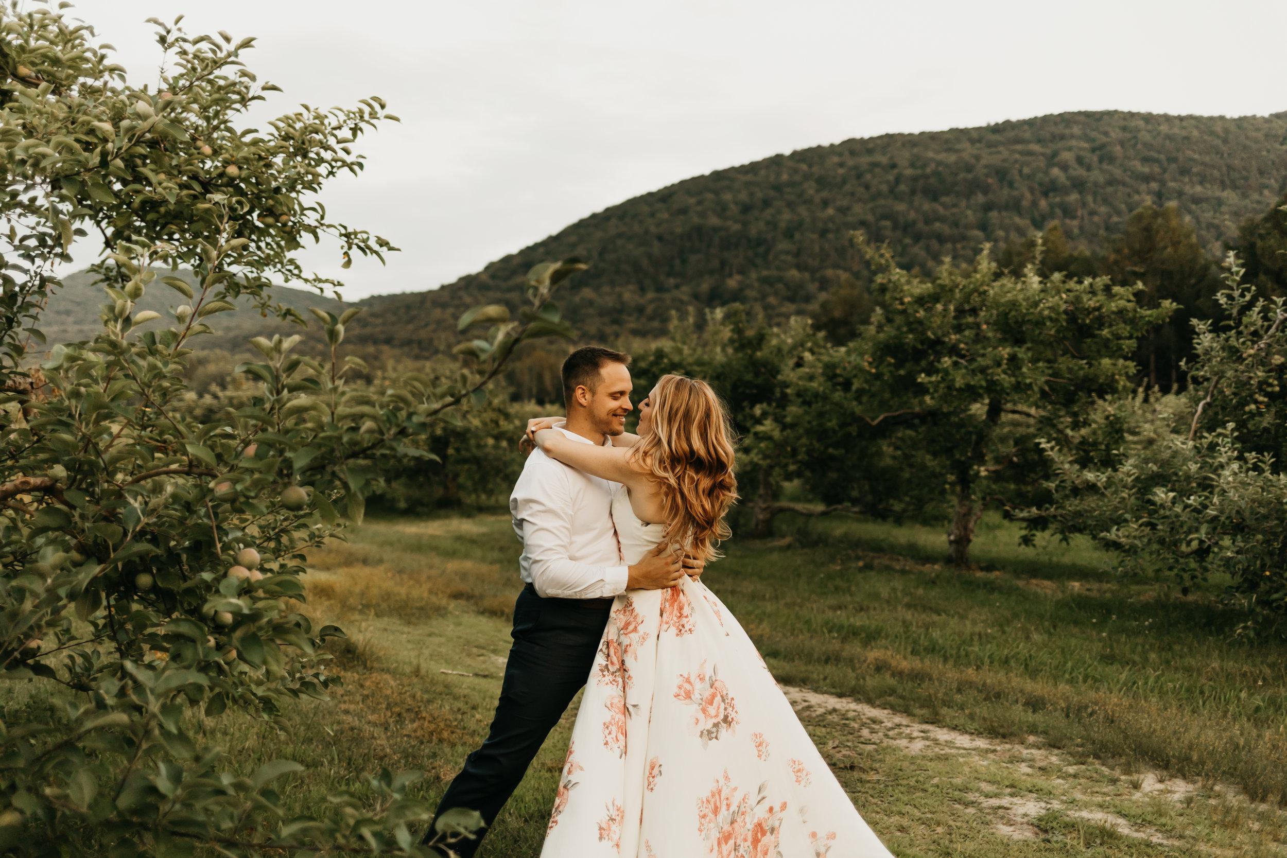 Engagement-shoot-Mont-saint-hilaire-québec-2612.jpg