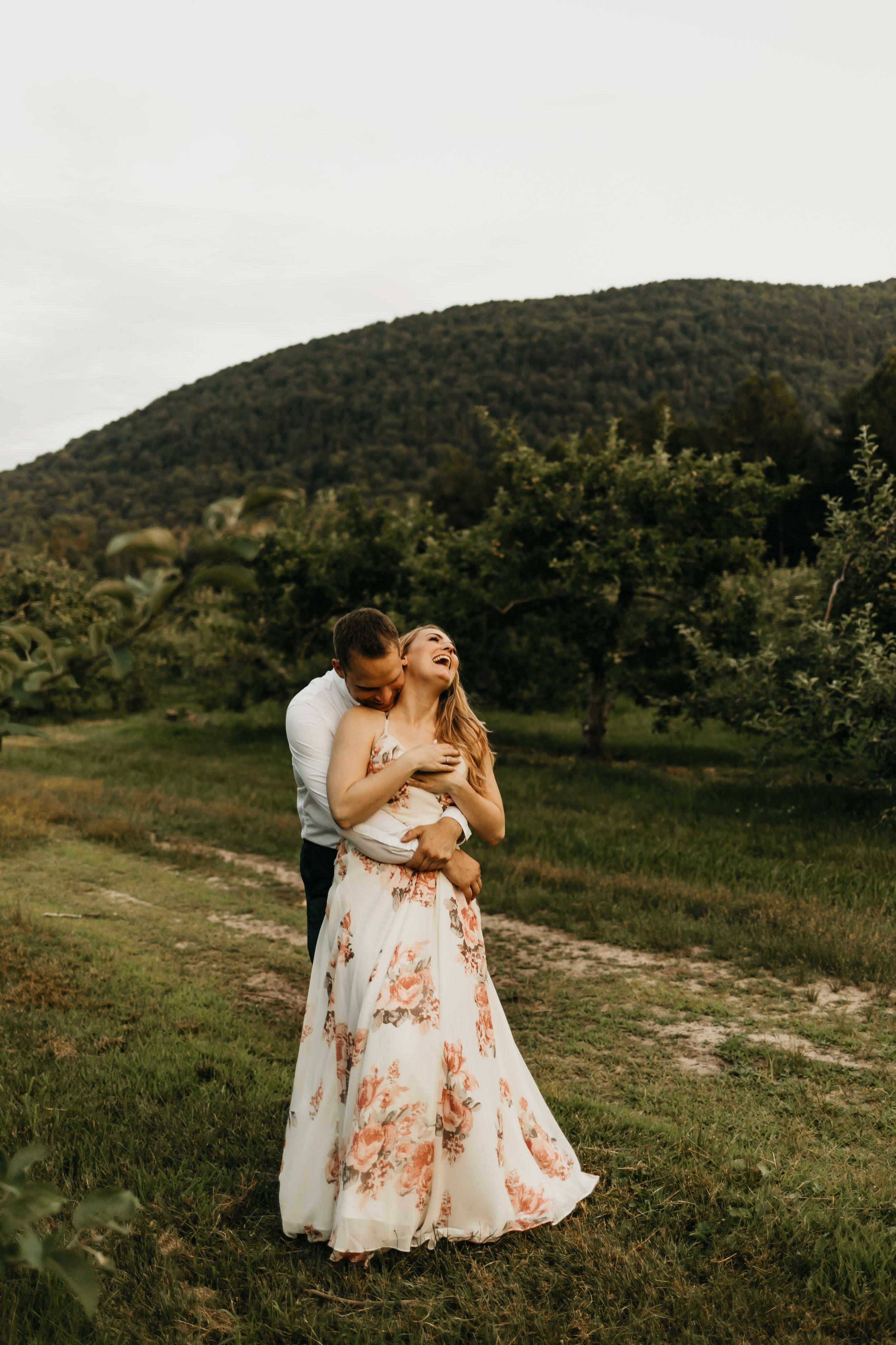 Engagement-shoot-Mont-saint-hilaire-québec-2629.jpg