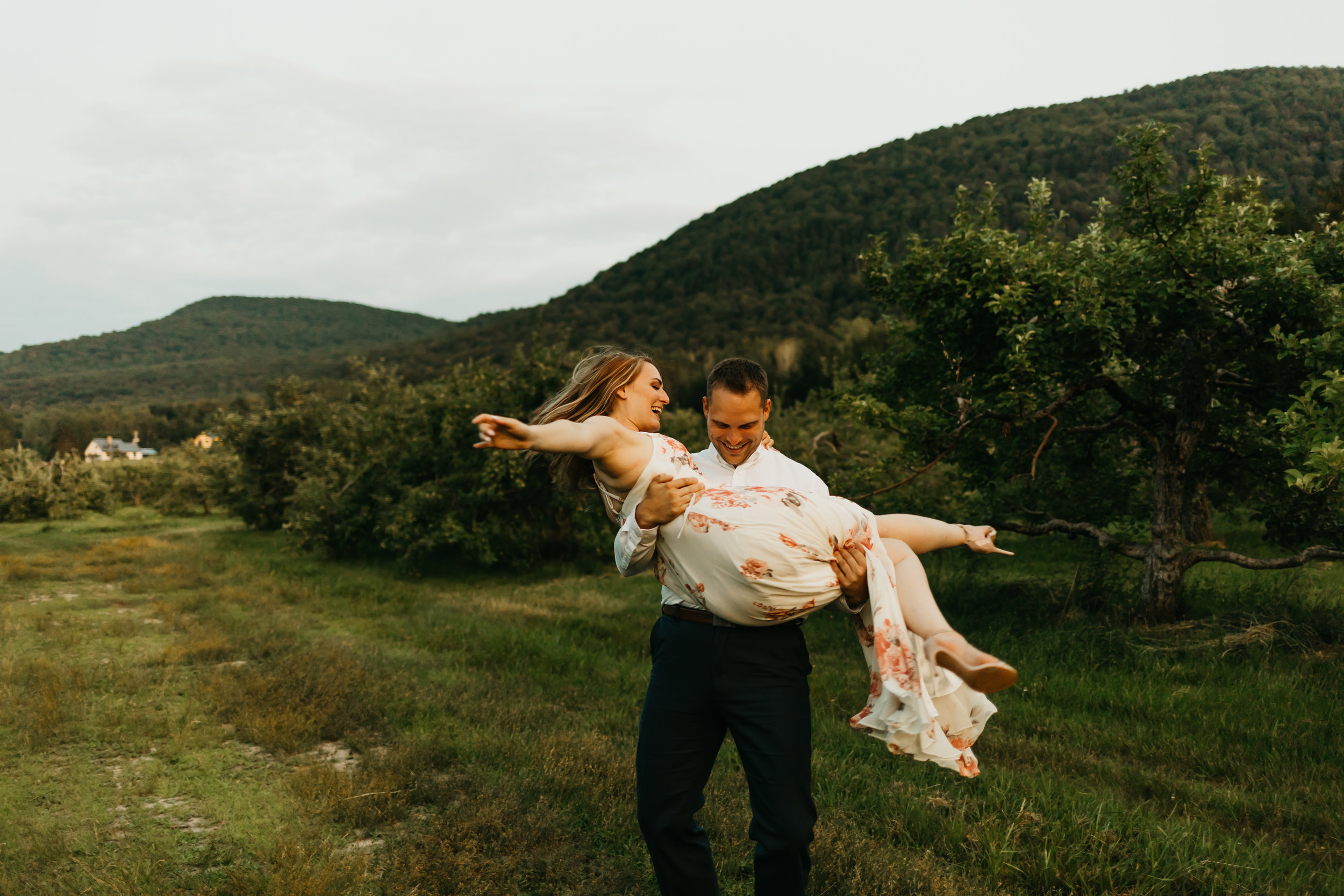 Engagement-shoot-Mont-saint-hilaire-québec-2803.jpg