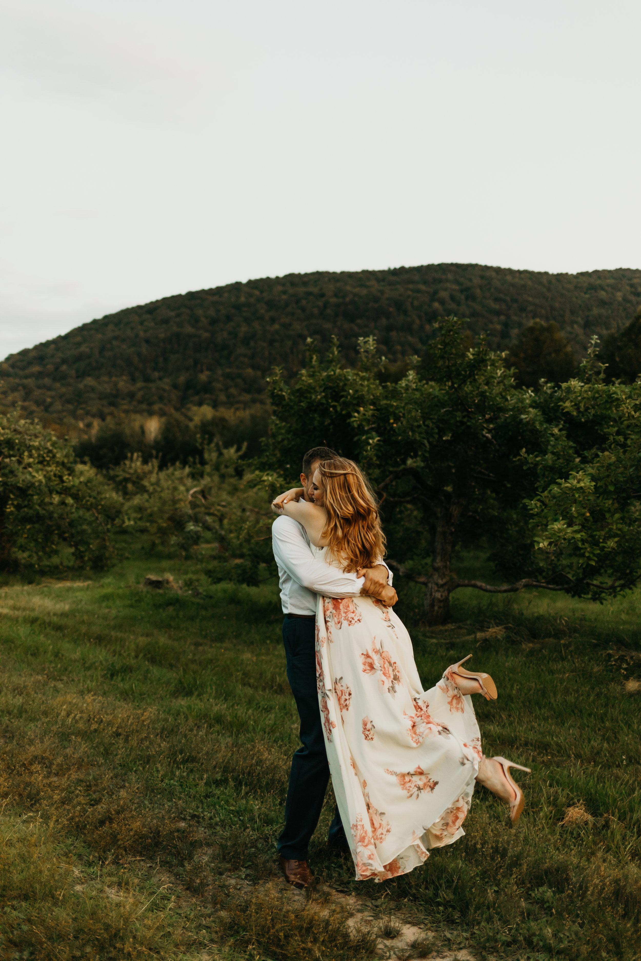 Engagement-shoot-Mont-saint-hilaire-québec-2842.jpg