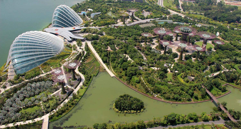 The impressive Gardens by the Bay complex. Image:   Sim Schmidt