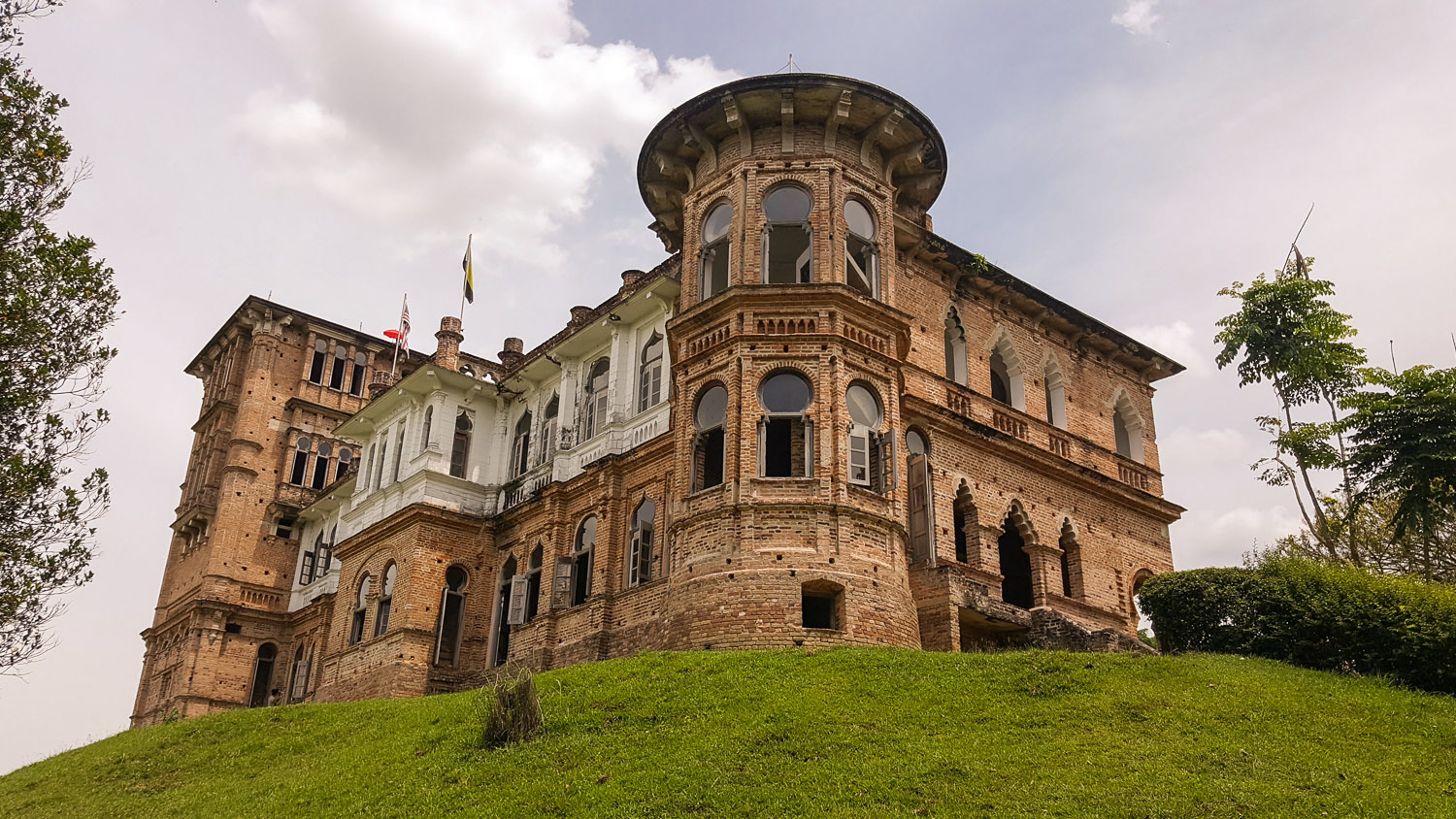 Kellie's Castle on the outshirts of Batu Gajah.   Image:   Iszarizal Ismail