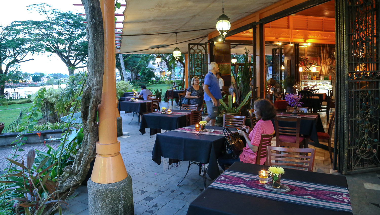 A riverside restaurant in Kuching. Image:  © Alan WIlliams
