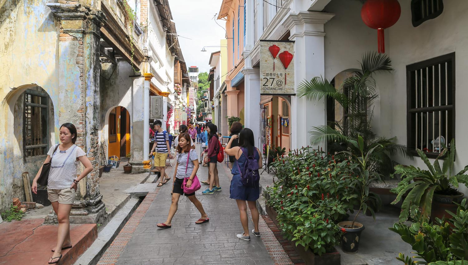 Concubine Lane is now a popular shopping street. Image:  © Alan Williams