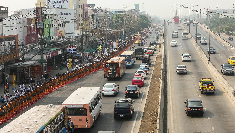 Thai highways are in good condition. Image:     Honey Kochphon Onshawee