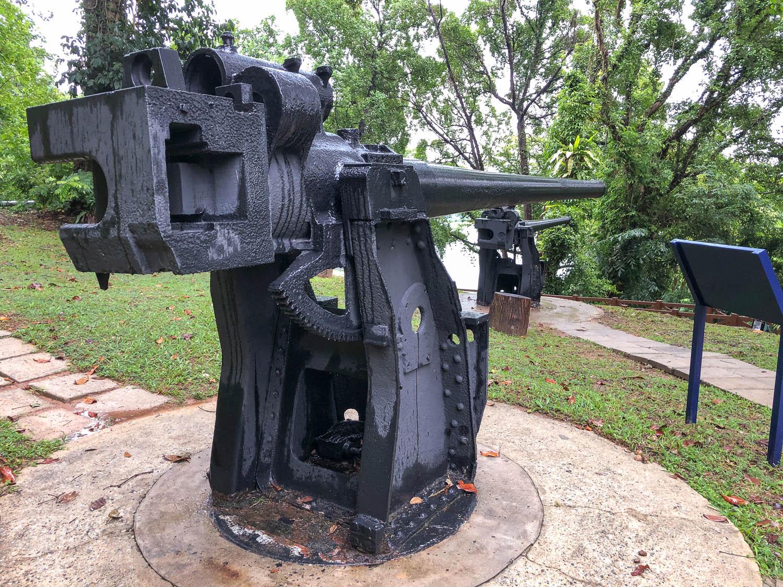 Japanese 120mm guns at Fort Siloso. Image:  © Alan Williams