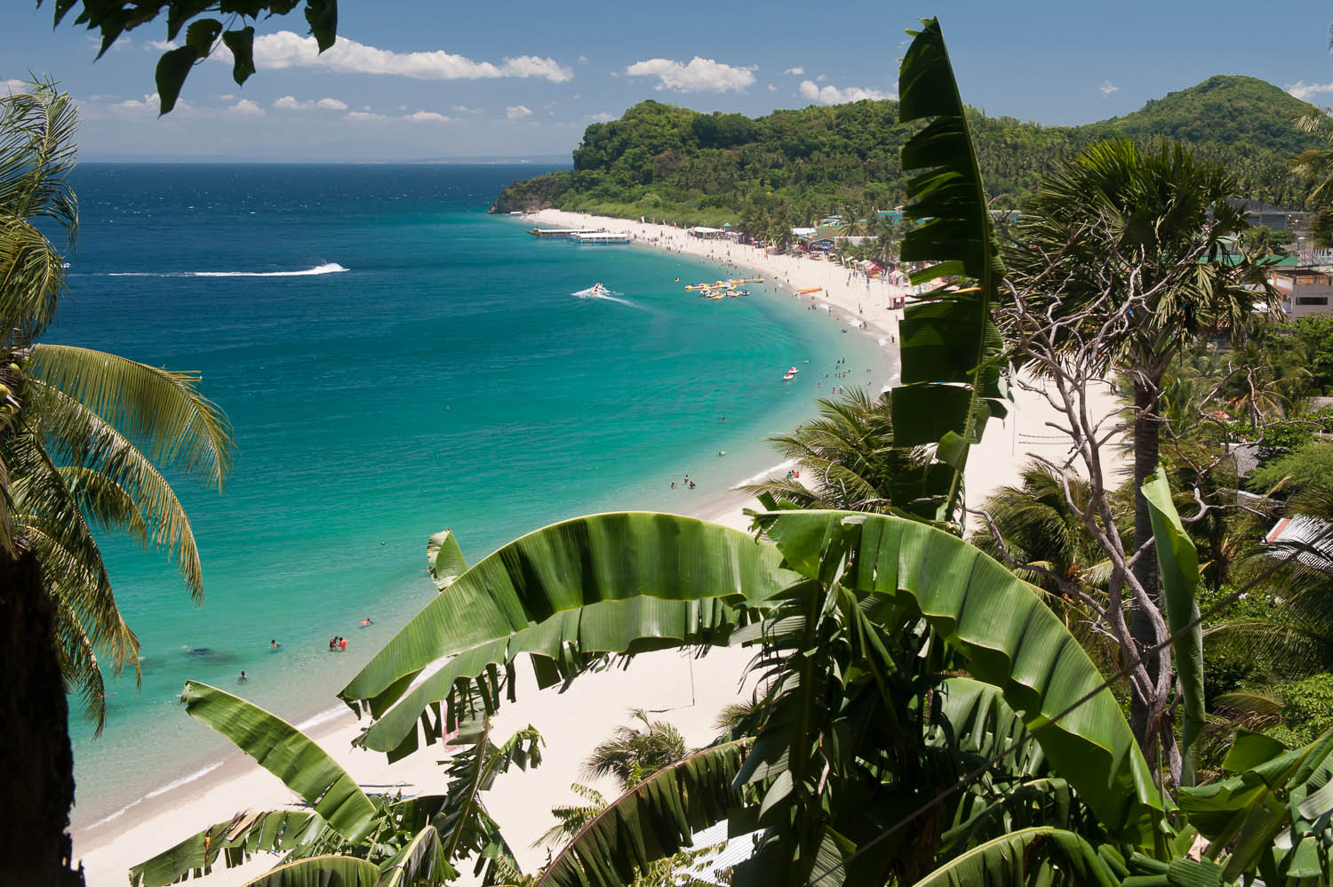 The Philippines has hundreds of white sand beaches. Image:  © David Astley