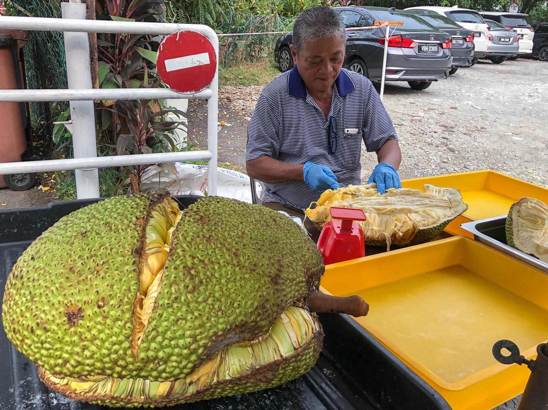 A jackfruit vendor in Kuala Lumpur, Malaysia. Image:  © Alan Williams