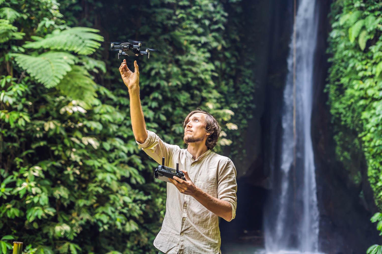 Some countries ban drones in national parks. Image:  © Elizaveta Galitskaya