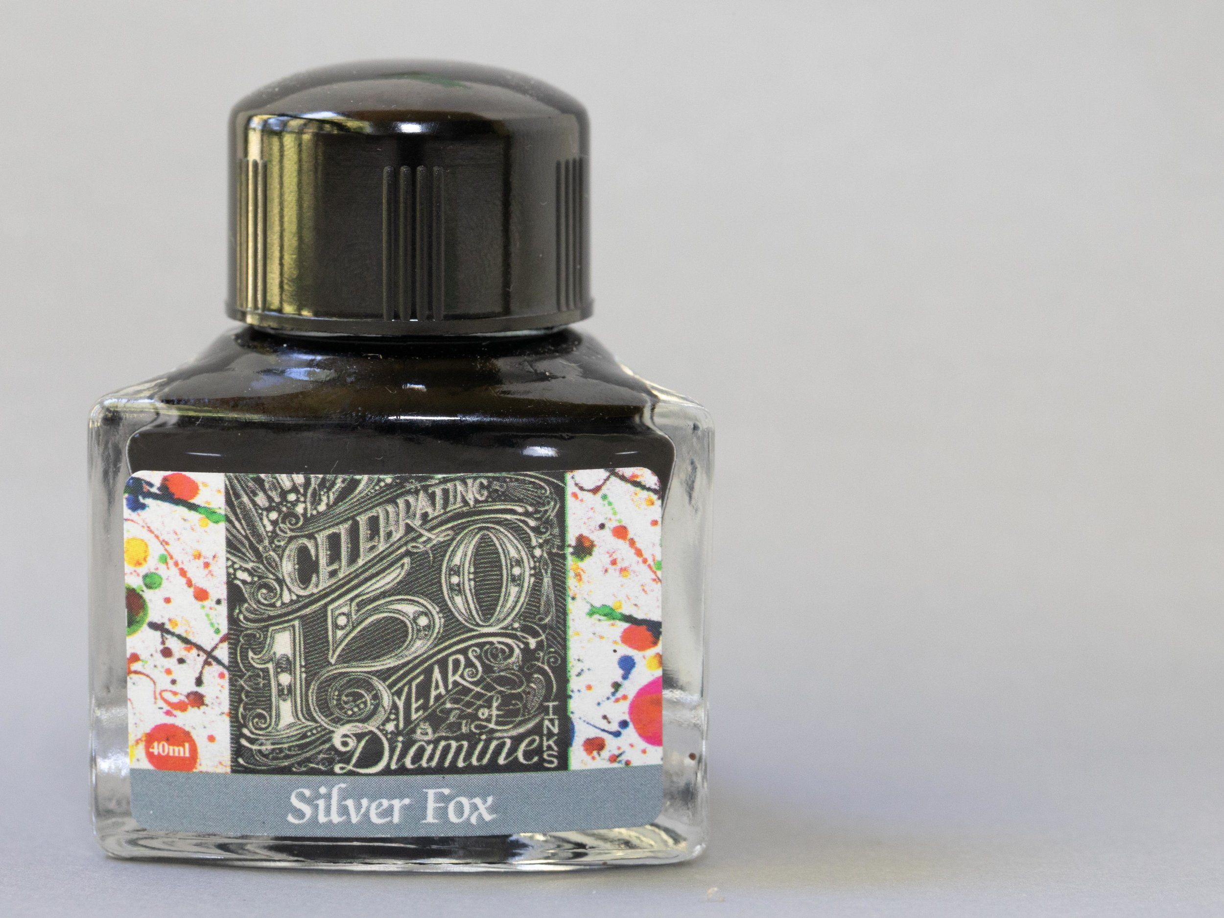 The bottle holds 40ml of ink, and has a triangular shape.