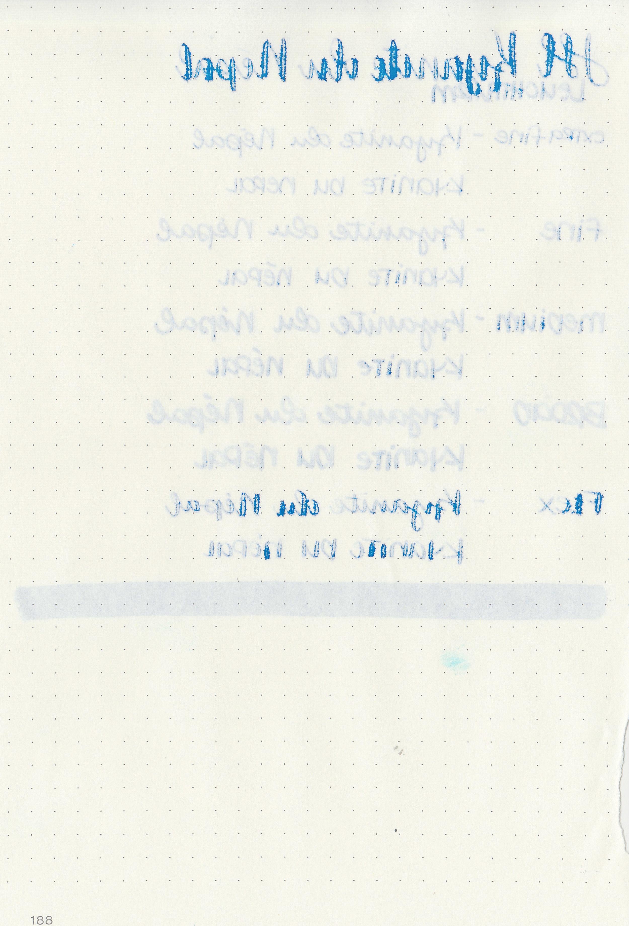 jh-kyanite-du-nepal-10.jpg