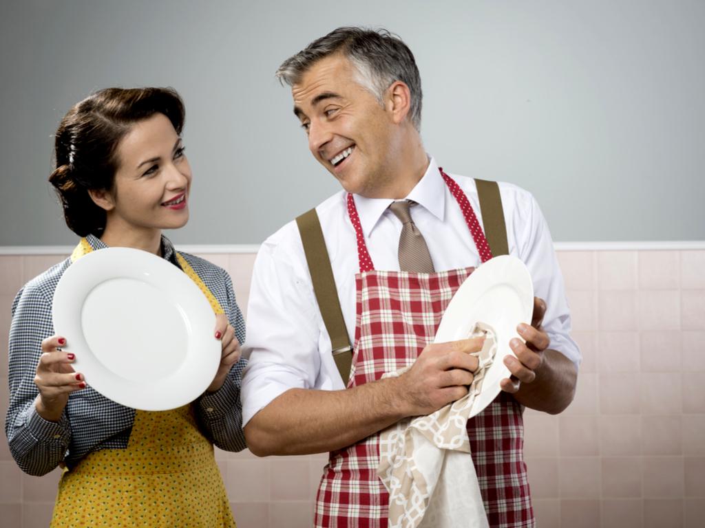 washing dishes 2.jpg