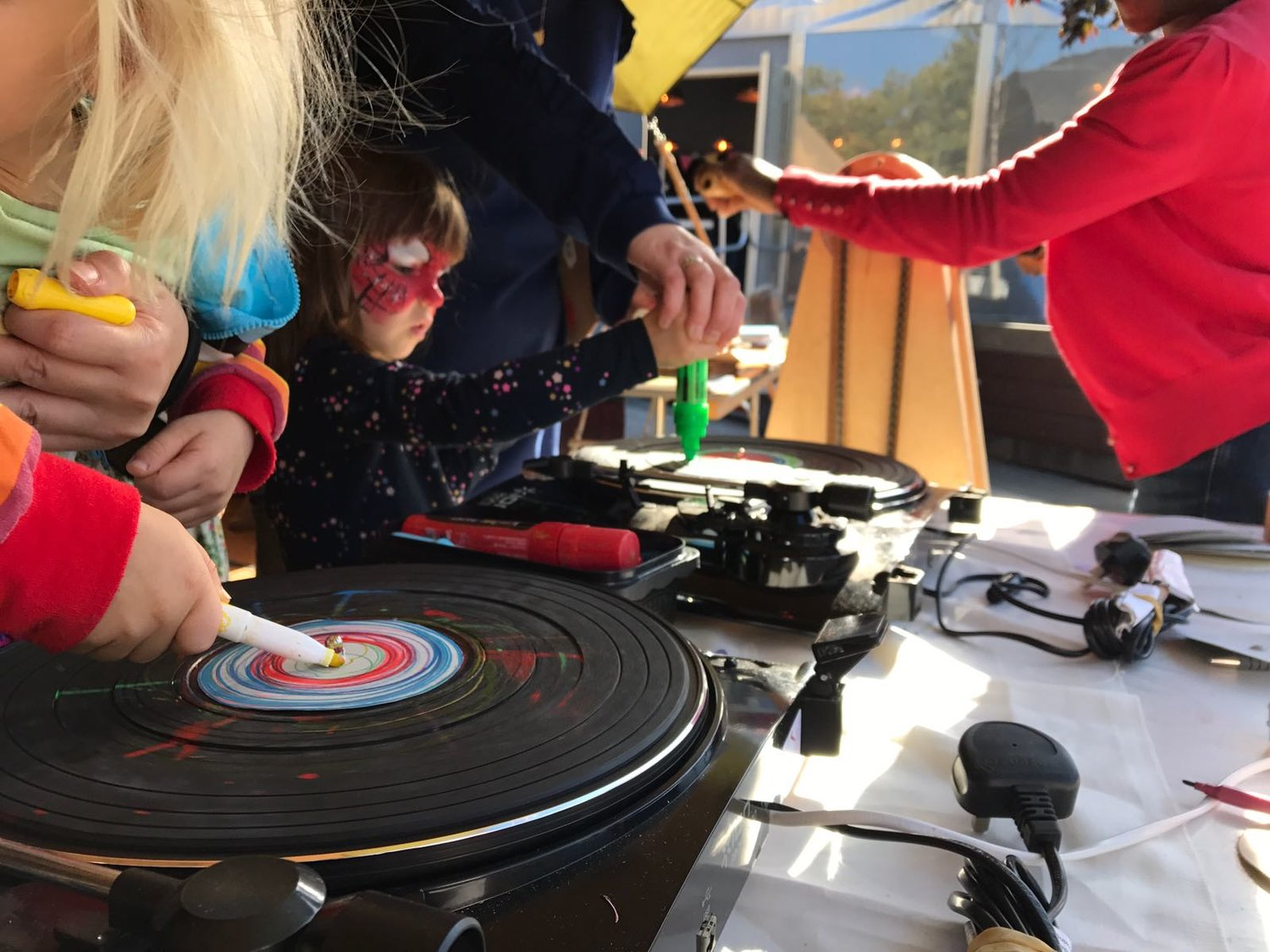 Spinning art at High Tide festival with Bebop Baby.