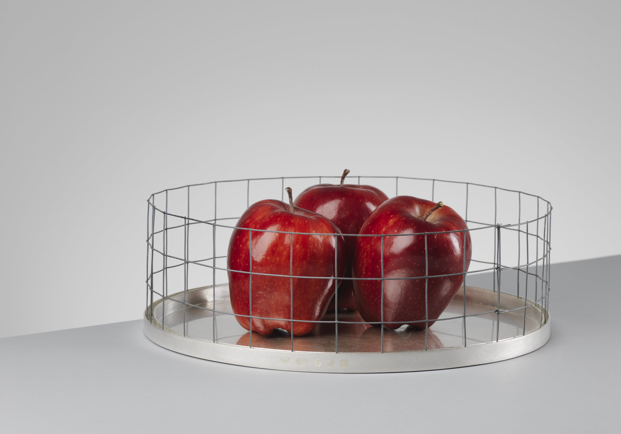 Fruit Bowl - Sterling Silver / Steel