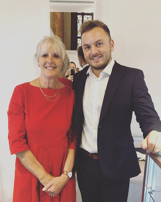 Had the pleasure of spending the last week with @jinksmcgrath_jewellery, such a lovely kind neighbour. Here's a photo of us looking all chuffed 😄