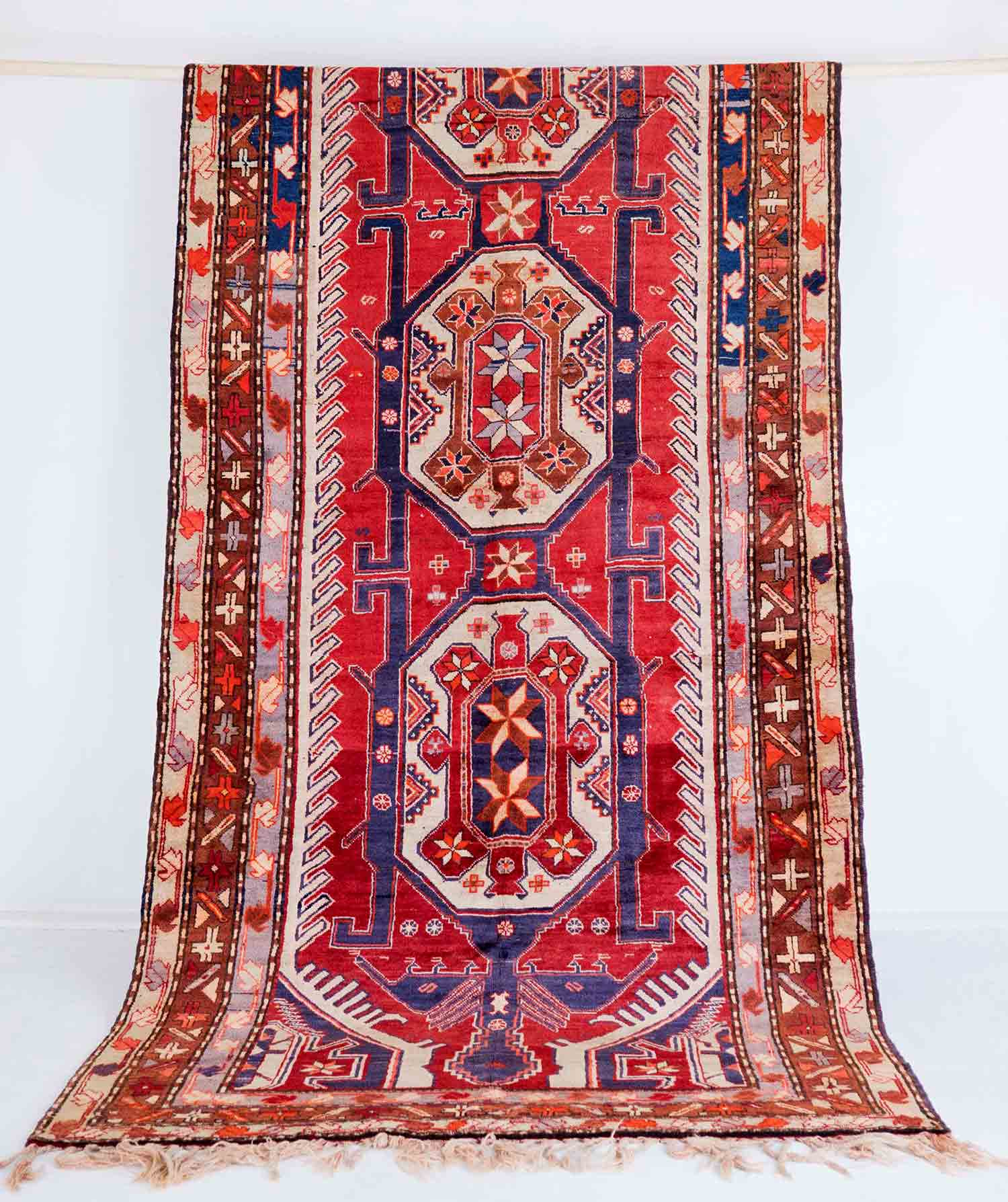 NO. 010   /PERSIAN (SARAB) / 60 YEARS / 13'4 X 5'13 FT