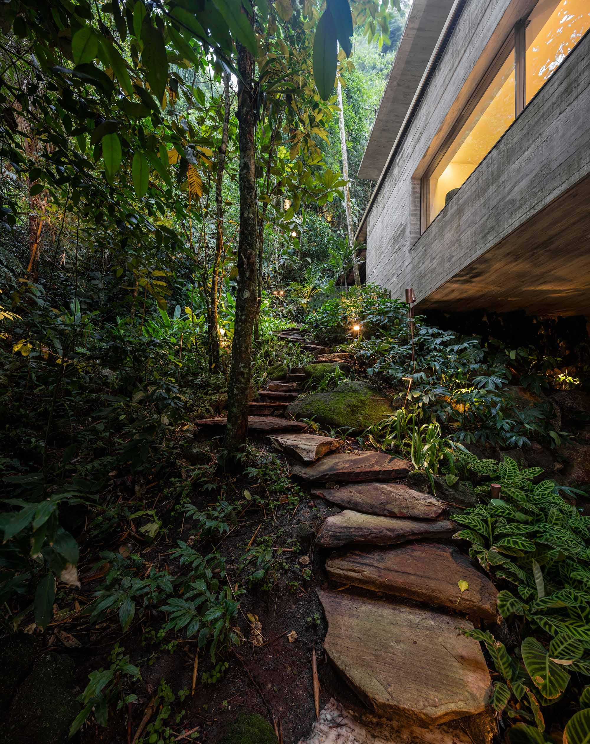 H-House-Life-Jungle-House-Casa-Da-Mata-studio-mk27-mk27_namata_fernandoguerra_medium(48).JPG