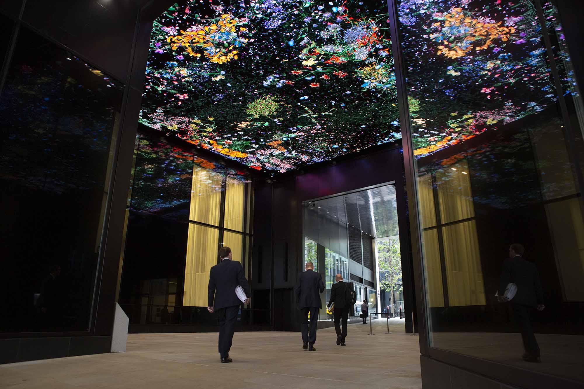 Jennifer Steinkamp,  Botanic  (2019), Courtesy the artist and  Lehmann Maupin , New York, Hong Kong and Seoul